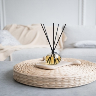 Play with the notes of Ambergris. Let this scent emphasize the sophisticated luxury and uniqueness of your home. It is a timeless fragrance that will inspire your charisma.#odororeeddiffuser #odorofamily #privatelabel #fragrance #odorofragrances #fragrancemanufacturer #homefragrance #reeddiffuser #reedfiffusers #interior #interiorfragrance #ambergrisfragrance #ambergris #odoroambergris #moodcollection #odoromood #odoromoodcollection #feelthemood #incense #pelargonia #vanilla #luxurious #spicy